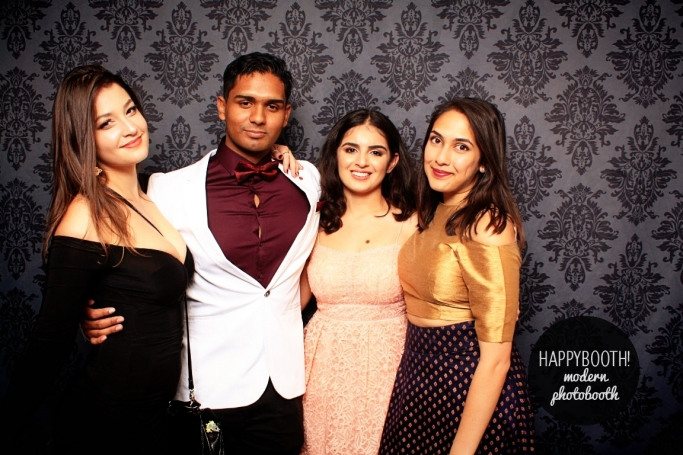 unemsa students from une in photo booth at med ball supplied by happy booth